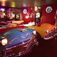 Снимок сделан в Beverly Hills Diner пользователем Victoria S. 5/6/2013