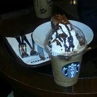 6/21/2013 tarihinde 💫Merwe A.ziyaretçi tarafından Starbucks'de çekilen fotoğraf
