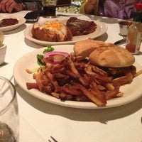 Photo taken at Ted's Montana Grill by Sharefa A. on 8/11/2013