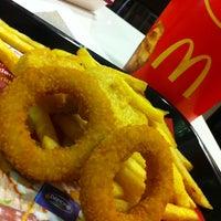 Photo taken at McDonald's by Kullanıcı B. on 4/13/2013