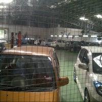 Photo taken at Perodua Service Center Rawang by Jemi B. on 11/10/2012