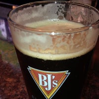 Photo taken at BJ's Restaurant and Brewhouse by Tom T. on 8/23/2015