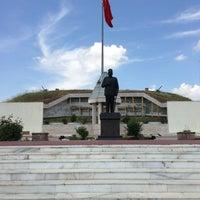 6/9/2013 tarihinde Bilal K.ziyaretçi tarafından Şükrü Paşa Anıtı'de çekilen fotoğraf