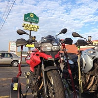 Photo taken at Waffle House by Jason L. on 3/11/2014