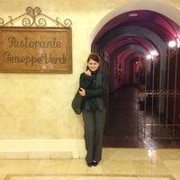Foto tomada en Hotel Westin Camino Real por Melannie O. el 7/17/2013