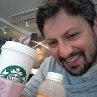 Photo taken at Starbucks by Juan Sebastian I. on 8/29/2013