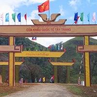 Photo taken at Cửa Khẩu Quốc Tế Tây Trang by Hoby K. on 9/23/2013