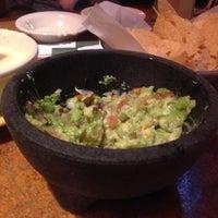 Foto tomada en La Parrilla Mexican Restaurant por zeynep y. el 10/23/2014