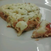 Foto tirada no(a) Casella Pizzas & Pastas por Nilciany C. em 5/12/2013