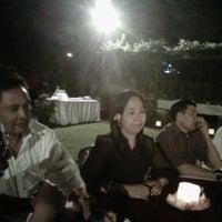 Photo taken at Kasa Bunga Garden Restaurant by Ade S. on 8/2/2013