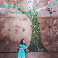 Photo taken at Sheik Istana Hotel by Chompoo N. on 10/27/2015