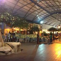 Foto tomada en Centro Comercial Cacique por Eduardo S. el 4/12/2013