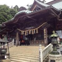 Foto scattata a 高尾山 薬王院 da pek o. il 7/27/2013