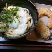 Photo taken at 讃岐製麺 東淀川大桐店 by Tsugumi M. on 7/19/2018