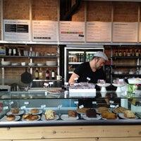 Foto tirada no(a) The Coffee Studio por Noah G. em 5/22/2013