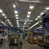 Photo taken at Lowe's Home Improvement by Tammy R. on 6/20/2013