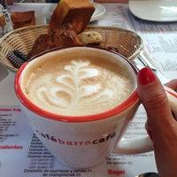 Foto tomada en Café Barra Café por Eva Z. el 5/9/2013