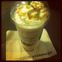 11/14/2012 tarihinde ijdThemedinaziyaretçi tarafından Starbucks Coffee'de çekilen fotoğraf