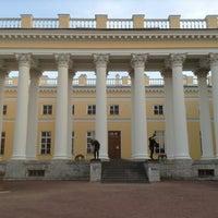 Снимок сделан в Александровский дворец пользователем Мила 7/13/2013