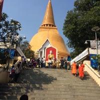 Photo taken at Phra Pathom Chedi by คอป'ไม่ใช่คอปเตอร์ on 1/30/2016