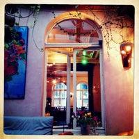 Das Foto wurde bei Café Crème von Maddin L. am 4/15/2013 aufgenommen