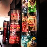 Снимок сделан в McDonald's пользователем Joyce C. 10/25/2012