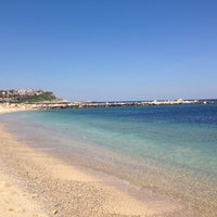 Photo prise au Karaburun Plajı par Hatice B. le4/13/2013