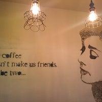 12/5/2015 tarihinde Özlem K.ziyaretçi tarafından Montag Coffee Roasters'de çekilen fotoğraf