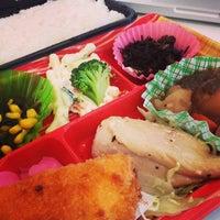 Photo taken at 屋台DELi 汐留芝離宮ビル店 by Kentarow K. on 2/20/2013
