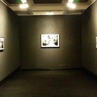 Photo taken at Karsi Sanat Galerisi by Tuğçe on 11/15/2014