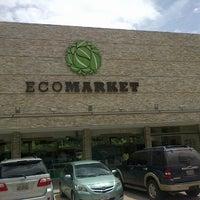 Photo taken at EcoMarket by Álvaro P. on 7/20/2013