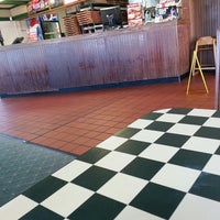Photo taken at Pizza Hut by Torey B. on 2/8/2014