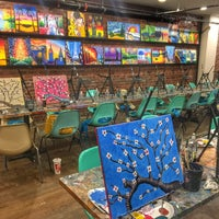 Photo taken at Painting Lounge by Milena K. on 10/25/2016