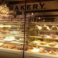 5/19/2013にColleen ♡.がMartha's Country Bakeryで撮った写真