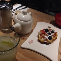 Photo taken at Le Pain Quotidien by Jihyung P. on 1/18/2015