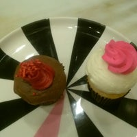 Photo taken at Cupcake Couture by Jacquie L. on 1/24/2014