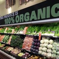 Foto scattata a Whole Foods Market da Stardust F. il 5/6/2013