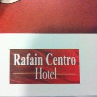 Foto tirada no(a) Hotel Rafain Centro por Carlos Z. em 10/17/2012