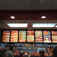 Photo taken at Popeyes by PAuLVuRiZER on 10/19/2013