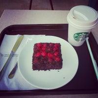 9/21/2013 tarihinde Ymcmdnziyaretçi tarafından Starbucks'de çekilen fotoğraf