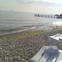 Das Foto wurde bei Burgazada Sahil von Mhyuce am 6/16/2013 aufgenommen