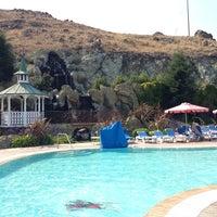 รูปภาพถ่ายที่ Madonna Inn โดย Malte S. เมื่อ 6/30/2013