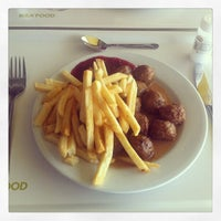 Photo prise au IKEA Restaurant & Café par Hugues B. le6/1/2013