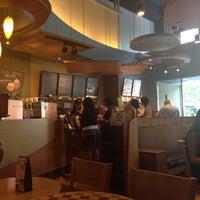 Photo taken at Starbucks by Chikai L. on 10/2/2013