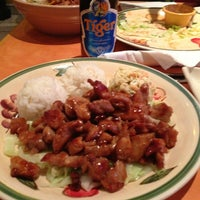 Photo prise au Waikikie Hawaiian BBQ par Richard R. le10/6/2012