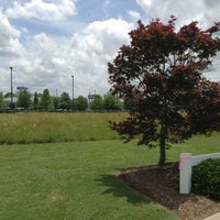 Photo taken at Infiniti Chattanooga by Lance &. on 5/31/2013