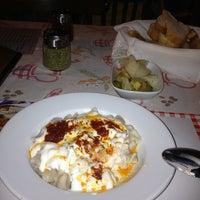 8/11/2013 tarihinde Ayşegül K.ziyaretçi tarafından Kaşık Mantı & Ev Yemekleri'de çekilen fotoğraf