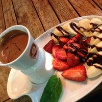 4/14/2013 tarihinde Sefa A.ziyaretçi tarafından Sehil Cafe'de çekilen fotoğraf