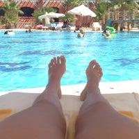 Photo taken at Pool at Sheraton Miramar Resort El Gouna by Leti L. on 8/15/2016