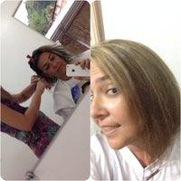 Photo taken at Bia Estudio de Beleza by Z_Ferrari_N on 5/9/2014